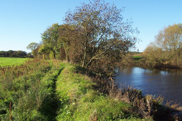 Footpath beside the River Ure
