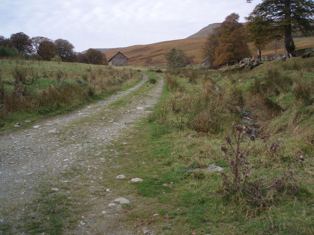Track to Dalclathick Lodge