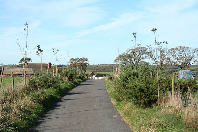 Witheridge: approaching West Yeo Moor Farm