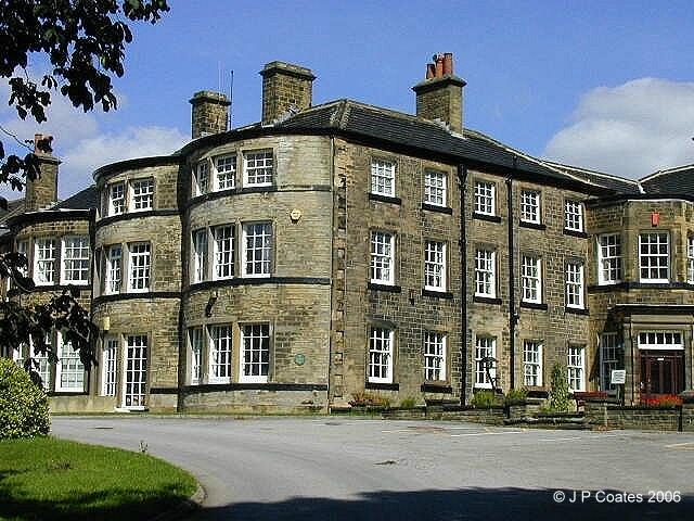 Hollybank School