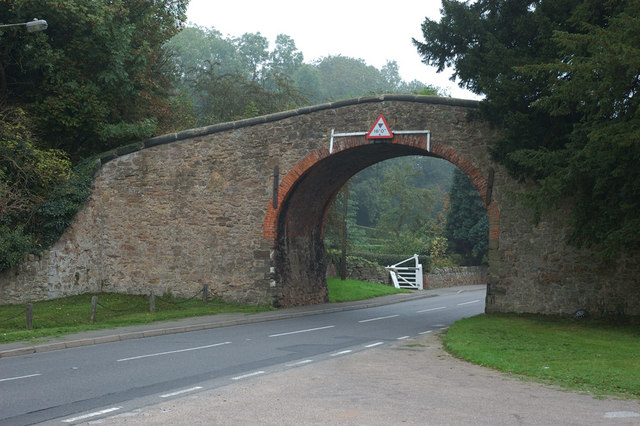 The Arch, Ticknall