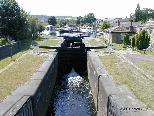 Lock Gates at Shepley Bridge Marina