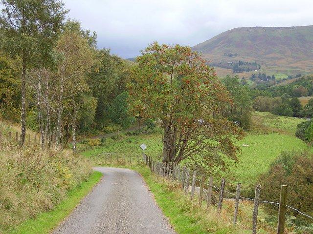 The road up Glen Artney.