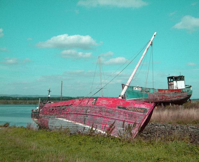 Boat wrecks at Newburgh Harbour