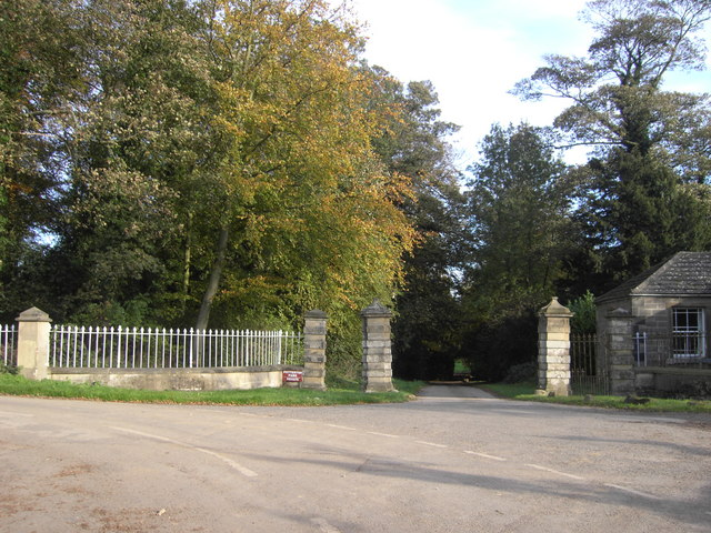 Potterton Park Entrance