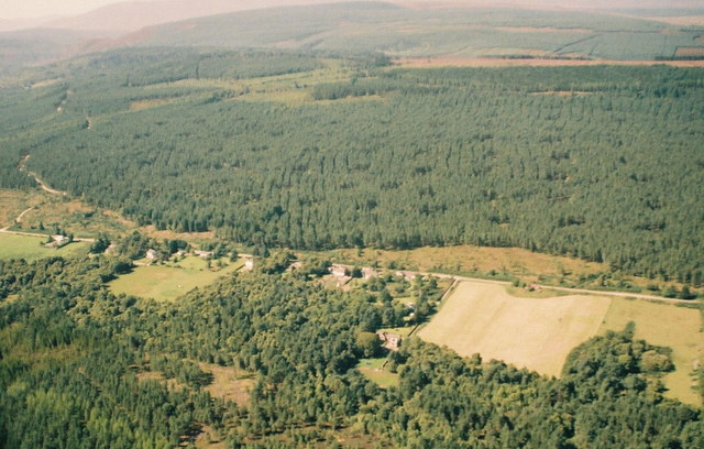 Aerial view of Lamington. The old school is  in the foreground.