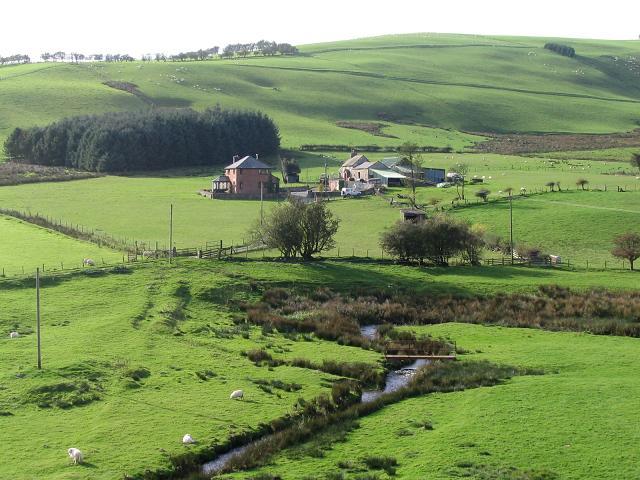 Farm near Tyn-y-ffridd