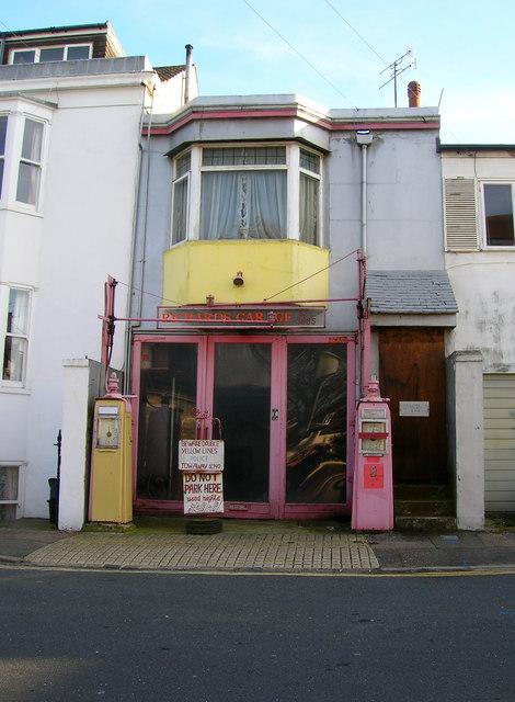 Richards Garage, Bath Street