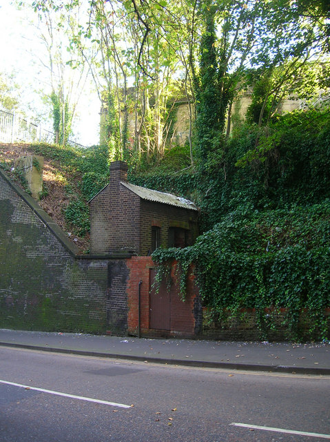 Railway Hut, New England Road