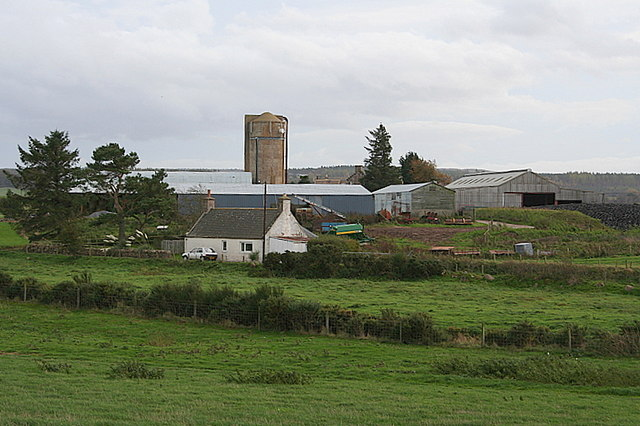 Penick Farm and neighbouring cottage.