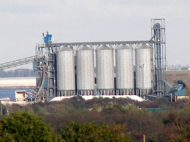 Bulk Storage Silos at New Holland
