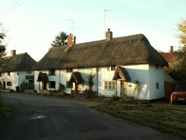Thatched cottages at Rattlesden, Suffolk