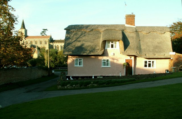 Pretty thatched cottage at Rattlesden