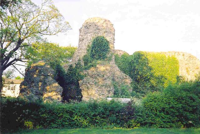 Saffron Walden - Walden Castle ruins