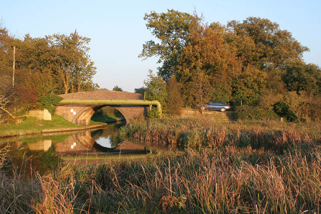 Winding hole, Wain Bridge near Newton Harcourt