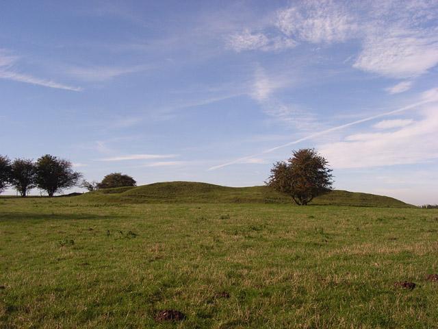 Long barrow, Tidcombe