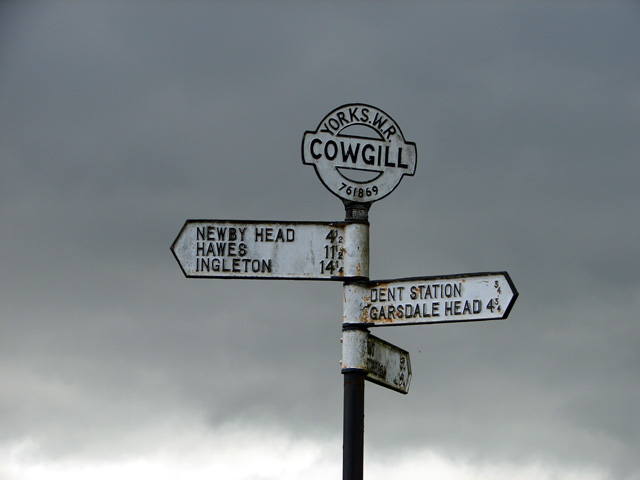 Signpost at Cowgill