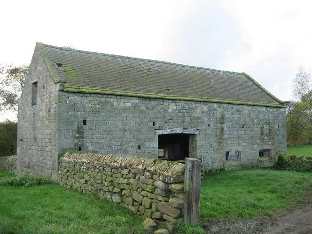 Barn by Catstone Wood