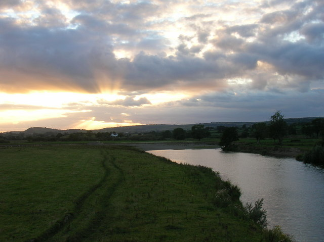 Sunset on Afon Tywi (River Towy)