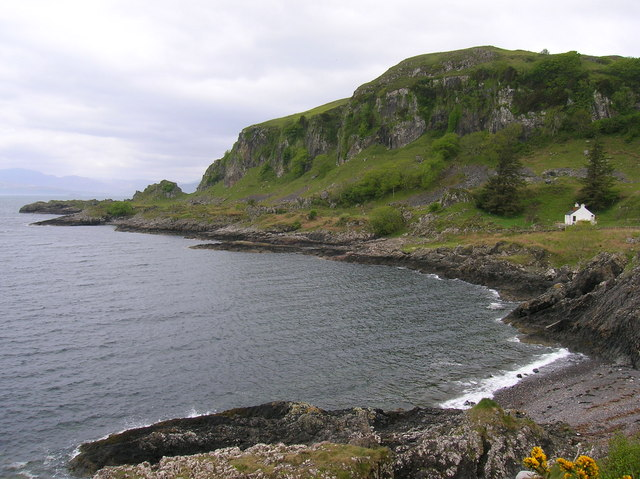 Port an t-Sruthain with Minard Point behind