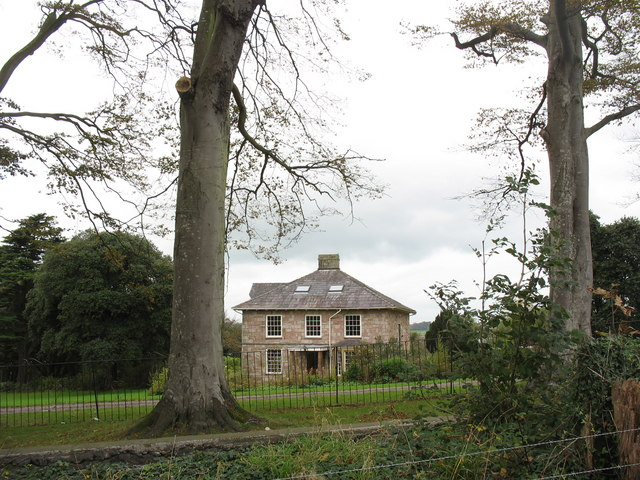 Plas Brereton from the A487(T)