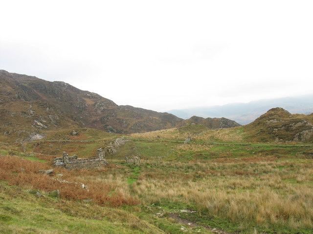 Approaching Afon-y-cwm