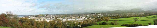 The town of Caernarfon from the Coed Alun tower