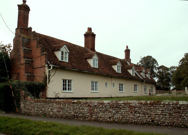 A row of cottages by the church in Little Waldingfield
