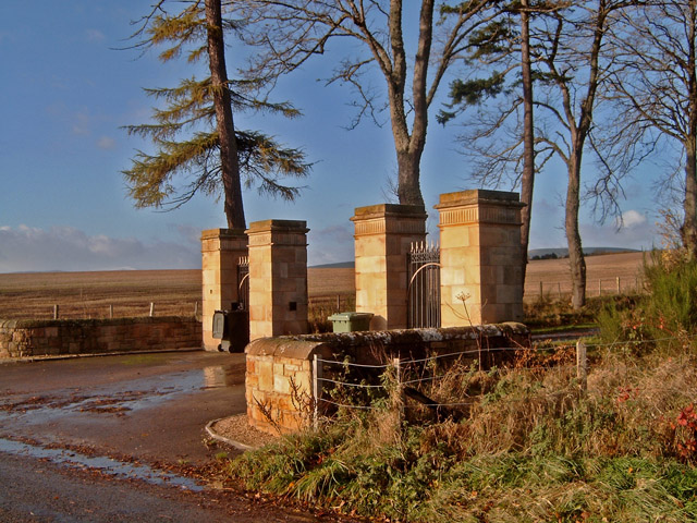 Gates to Rhives