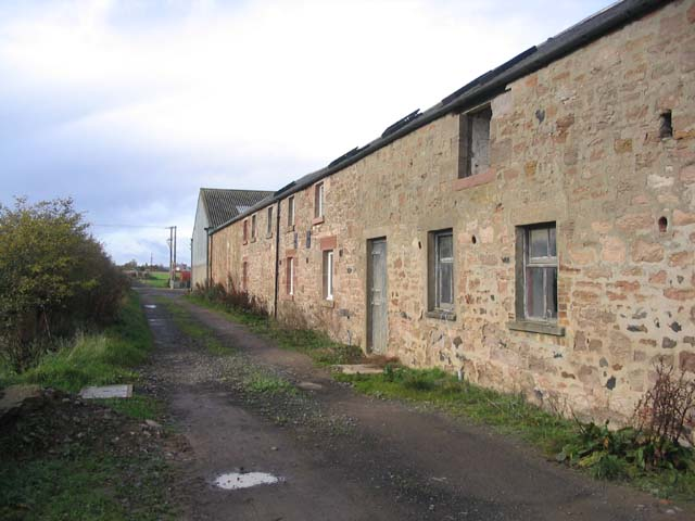 Farm buildings at West Loanend