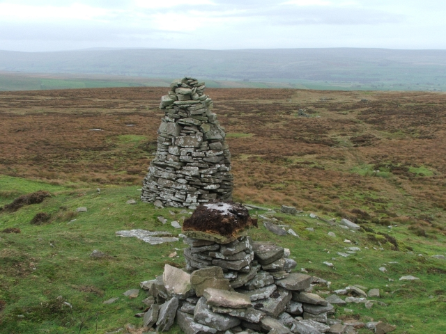 Cairn and Grouse Grit on Wassett Fell.