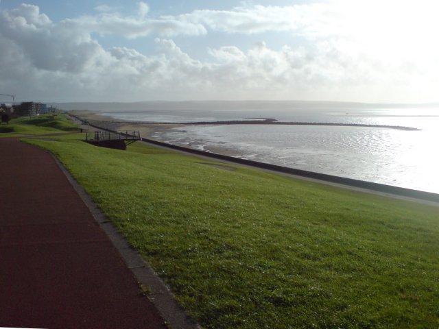 Footpath to Millennium Quay