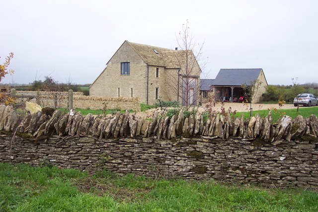 Converted Barn near Eastleach Martin