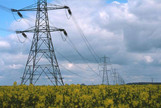 Power lines north of Buckworth