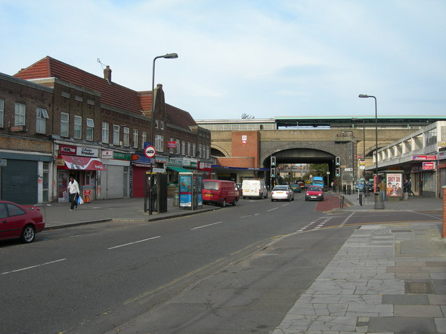 Oldfield Lane North, Greenford
