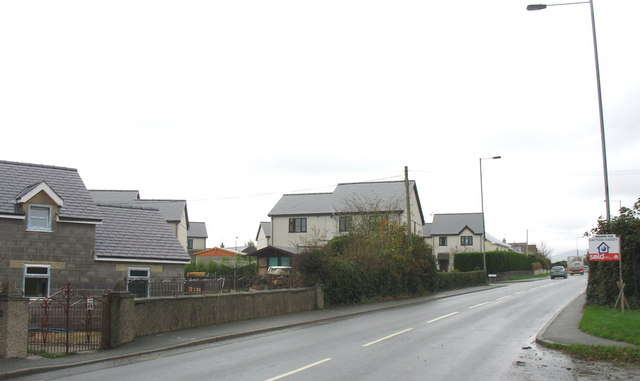 The Llanberis Road at Rhosbodreual