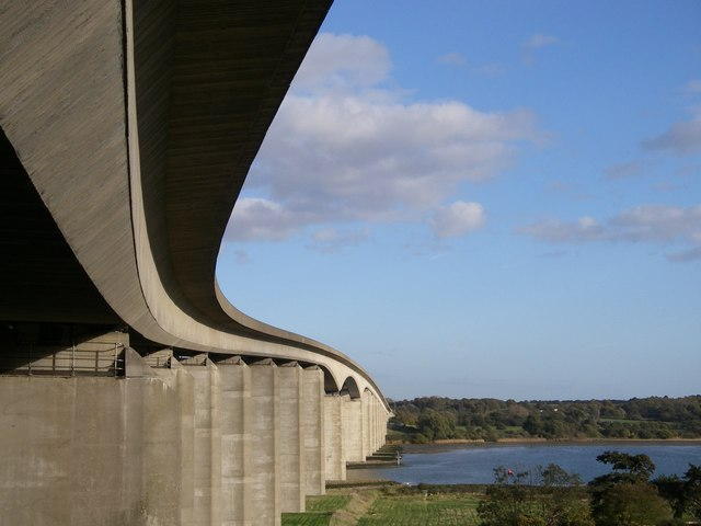 The curvaceous Orwell bridge.