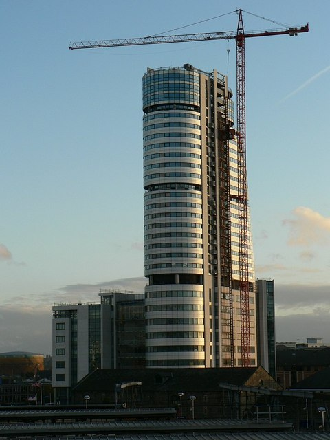 Bridgewater Place, late November afternoon