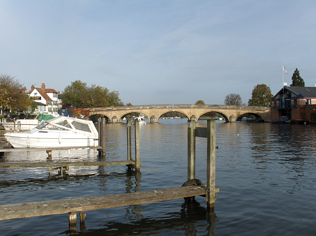 The River Thames, Henley