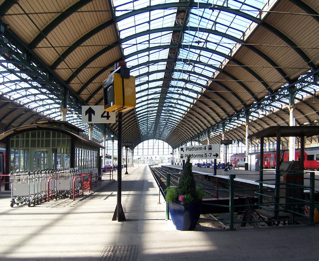 Hull Paragon Station 169 David Wright Geograph Britain