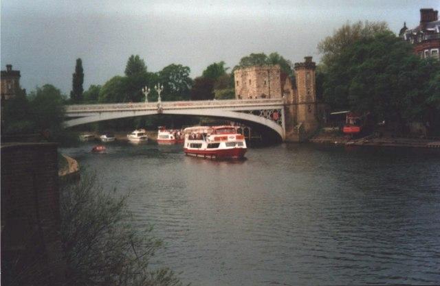 River Ouse & Lendal Bridge