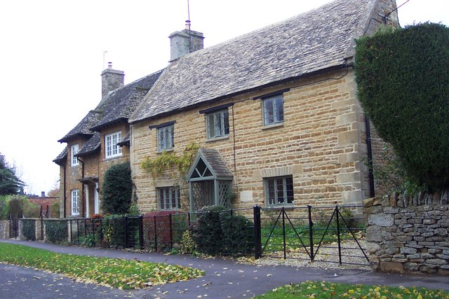 Typical Cotswold cottages, Kingham