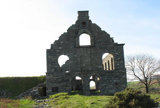 The back of Ty Mawr Ynyspandy