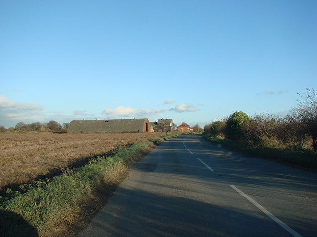 Entering Whitley on Whitefield Lane.