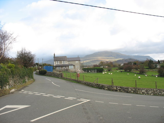 Road Junction at Tan y Gaer