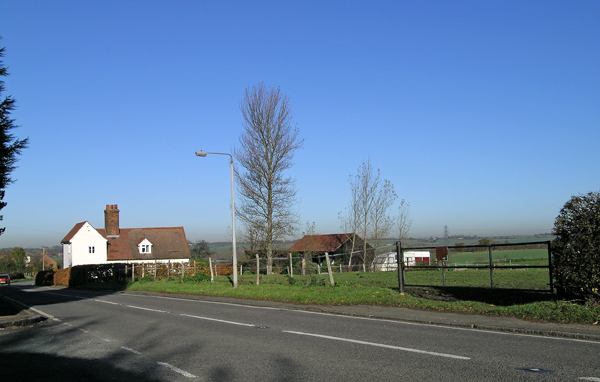 B181, Shaftesbury Farm on Lindsey St, Epping