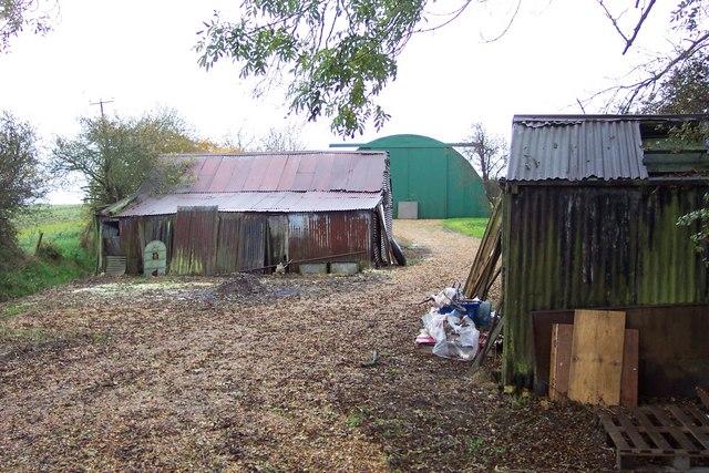 Farm buildings near Little Downham
