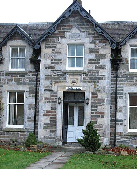 Estate houses, Kenmore