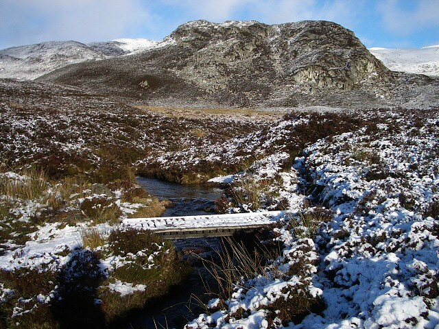 Footbridge below Meall na Moine