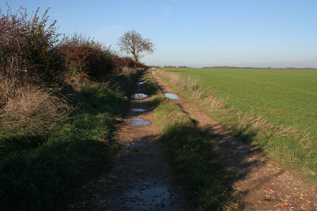 Farm track off Heath Lane,  near Normanton